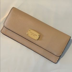 JET SET TRAVEL SLIM LONG WALLET OYSTER/GOLD